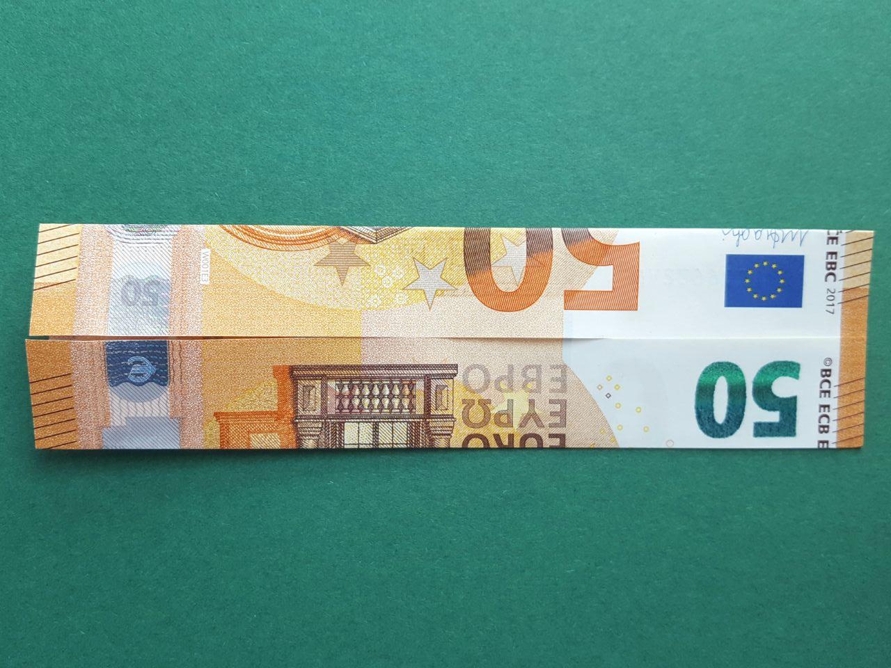50 Euro Geldschein falten Schritt 3